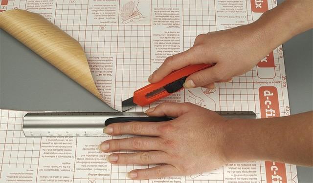 Möbel mit Folie bekleben: Kleine Anleitung für Heimwerker