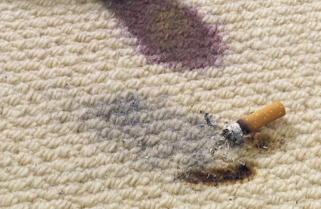 Brandloch Im Teppich Entfernen So Einfach Geht S