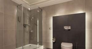 Eckpunkte aus Acryl: So installieren Sie eine Acryl-Duschtasse richtig