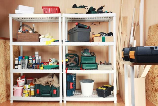 ordnung im werkzeugregal schaffen so bleibt ihnen langes suchen erspart. Black Bedroom Furniture Sets. Home Design Ideas