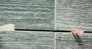 Wandfliesen verfugen - So geht's