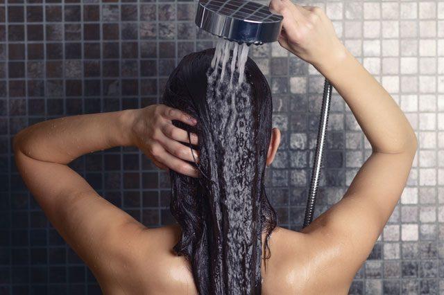 Abfluss von Badewanne oder Dusche verstopft - Das ist jetzt zu tun
