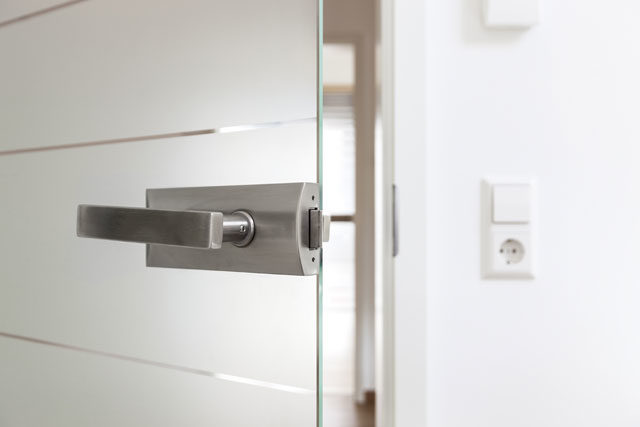 Glastür einbauen - Tipps & Tricks