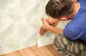 Blasen unter Tapete entfernen - Anleitung und Tipps