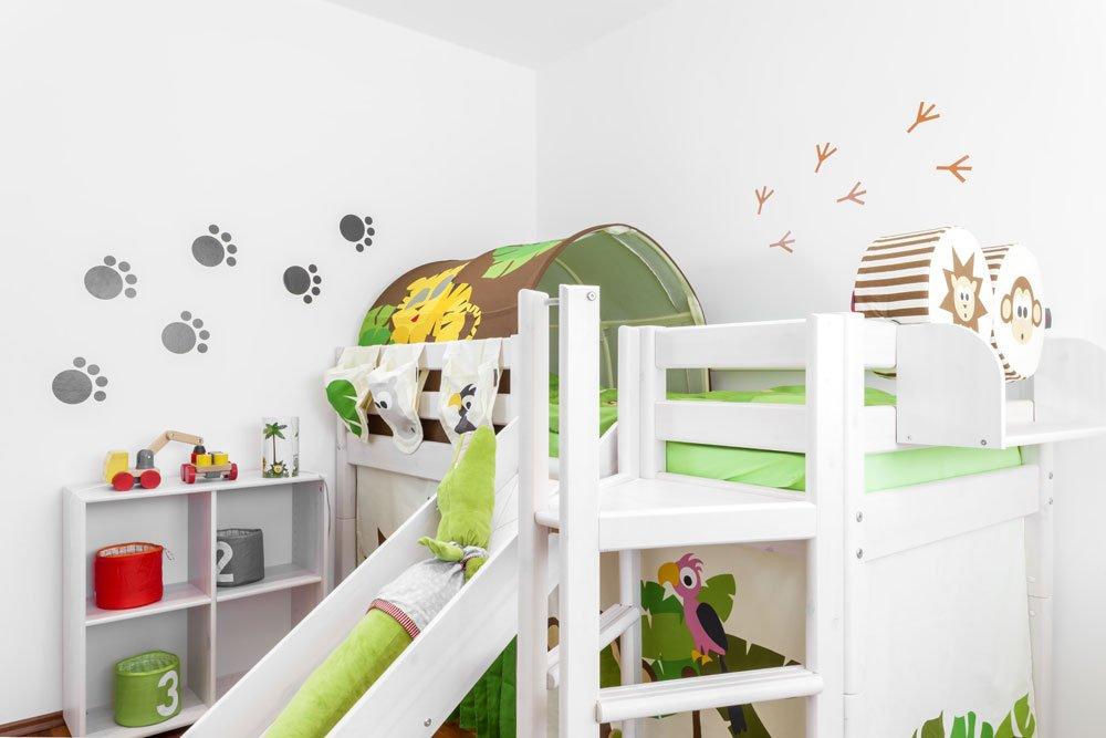 Kinderbett mit Spielplatz