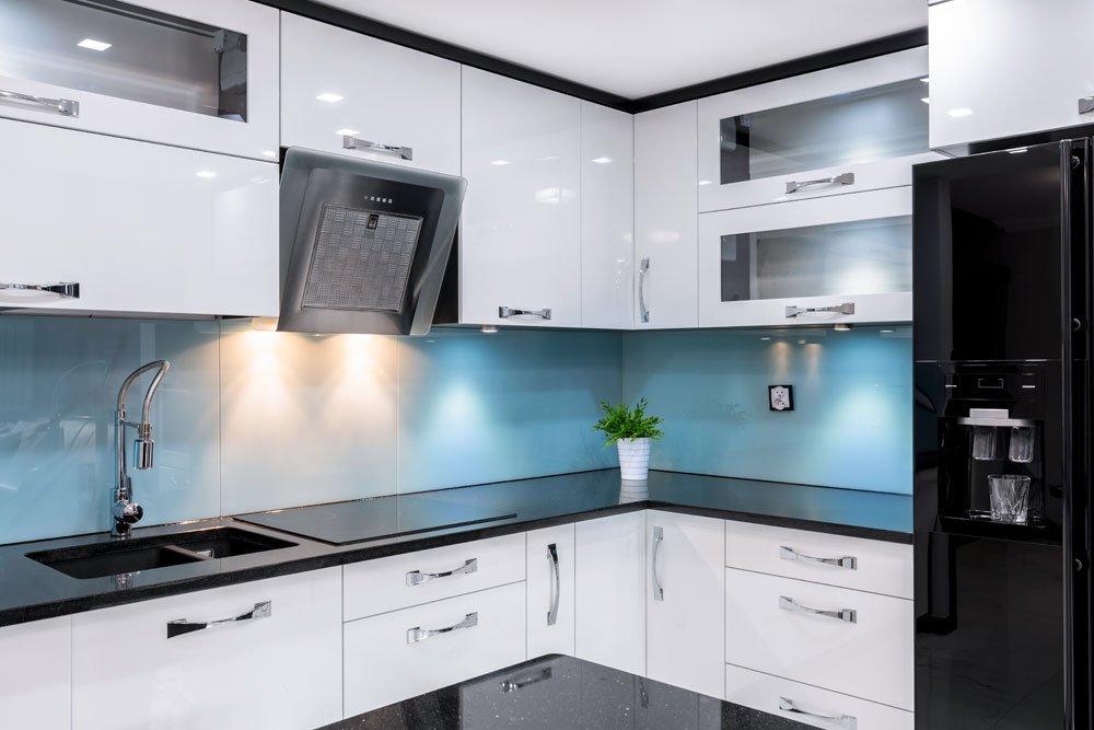 Küchenarbeitsplatten verbinden über Eck - 3 Möglichkeiten mit ...