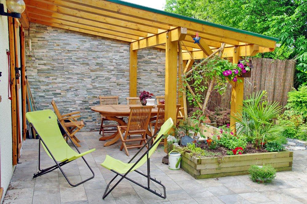 Terrassenüberdachung aus Holz